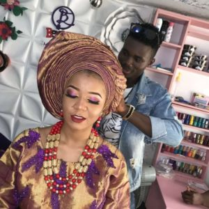 MEET ODUNAYO OMOLAYO, THE KING AND C.E.O OF XTRAOUCH MAKEOVERS