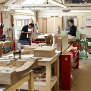 10 TIPS ON HOW TO START A FURNITURE BUSINESS